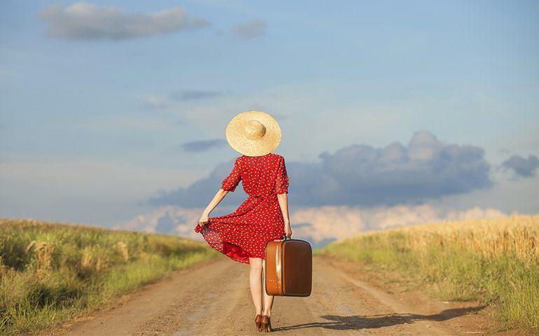 foto_mujer_viajes_reflexión